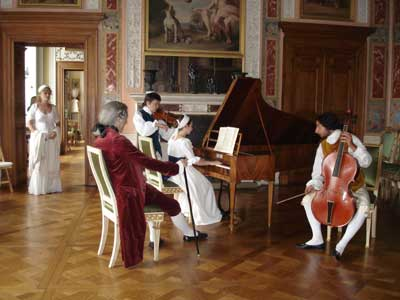 ensemble in Schloss Woerlitz